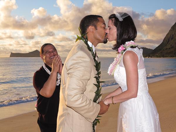 Sherwoods-Sunrise-Wedding-6 Sunrise Wedding: Evan and Rosemary tie the knot!