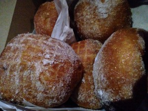 Best malasadas on the planet....I mean really!