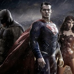 MOVIE REVIEW: Batman vs. Superman – Critics Are Wrong!  Entertaining Movie! (No Spoilers)