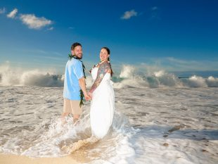 Hawaii Winter Beach Weddings Equal Big Waves!