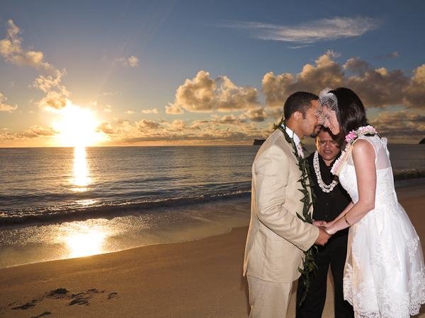 Sherwoods-Sunrise-Wedding-5 Sunrise Wedding: Evan and Rosemary tie the knot!