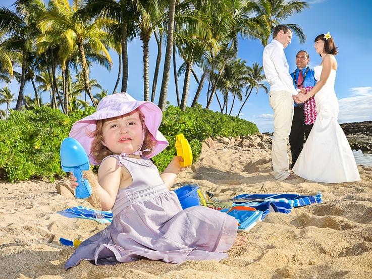 baby-playing-1 Kids and Hawaii Weddings.