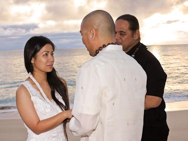 kristin-sunrise-wedding-4 Leland and Kathy's Sunrise Wedding on Oahu