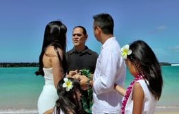 How to Plan a Surprise Vow Renewal in Hawaii
